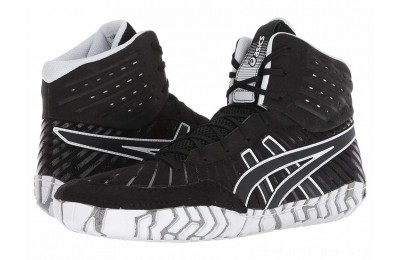 SALE ASICS Aggressor 4 Black/Black